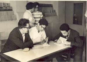 Heberto Padilla, José Triana y yo firmando libros en la libreria del Habana Libre.