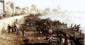 El Malecón de La Habana, pulmón, rostro y frontera de la capital cubana.